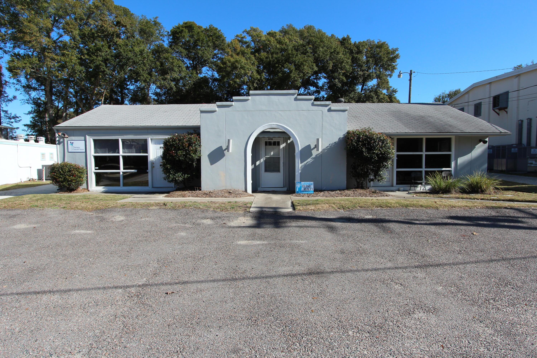 85 Vincent Drive Mount Pleasant, SC 29464