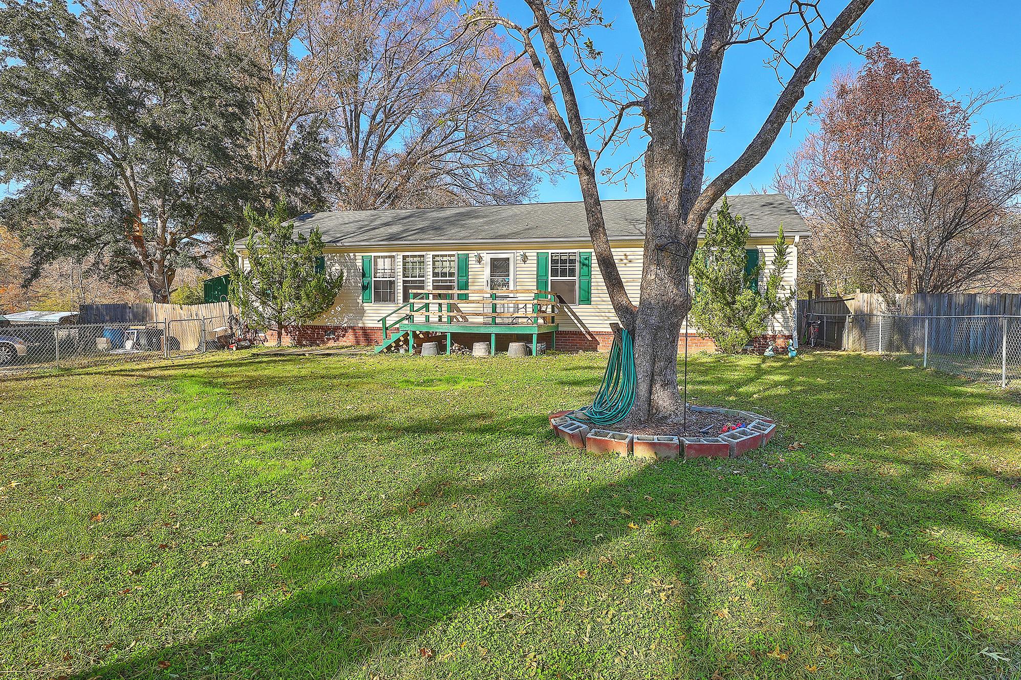 410 Twin Lake Drive Summerville, SC 29483