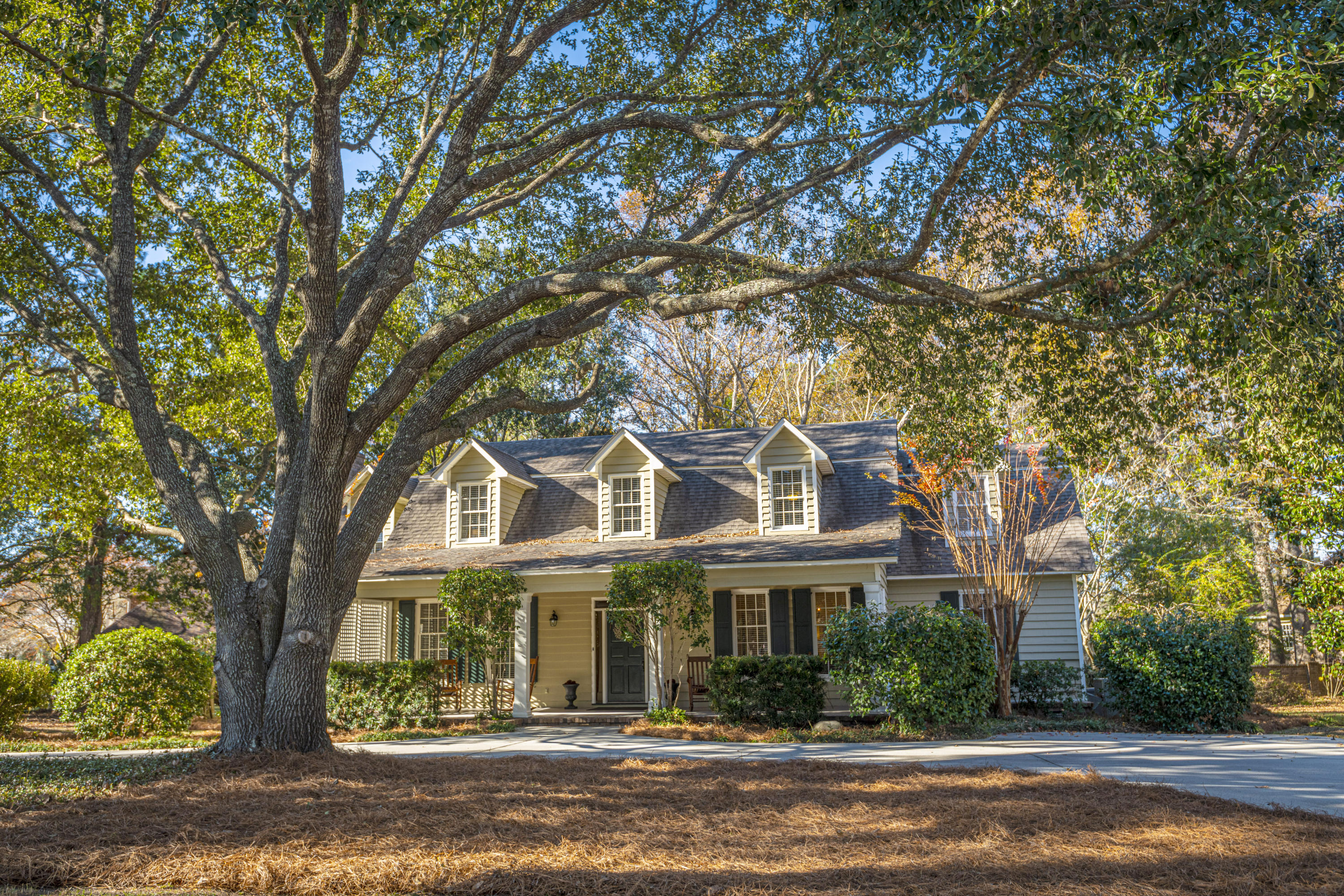 1164 Farm Quarter Road Mount Pleasant, SC 29464