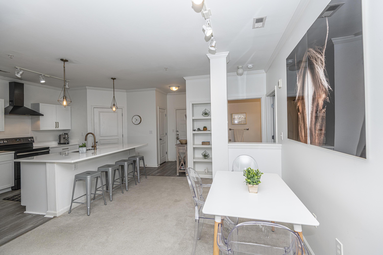 254 Seven Farms Drive Homes For Sale - 100 Bucksley, Charleston, SC - 4