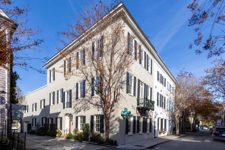 2 Bedons Alley Charleston, SC 29401