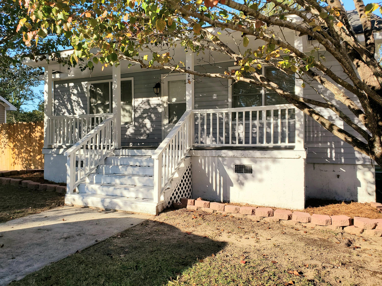 228 Crestwood Summerville, SC 29483