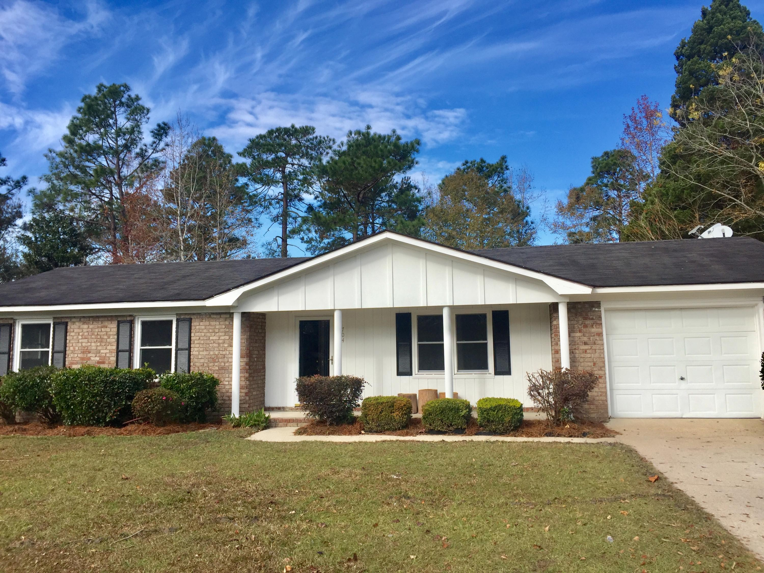 704 Longstreet Summerville, SC 29486