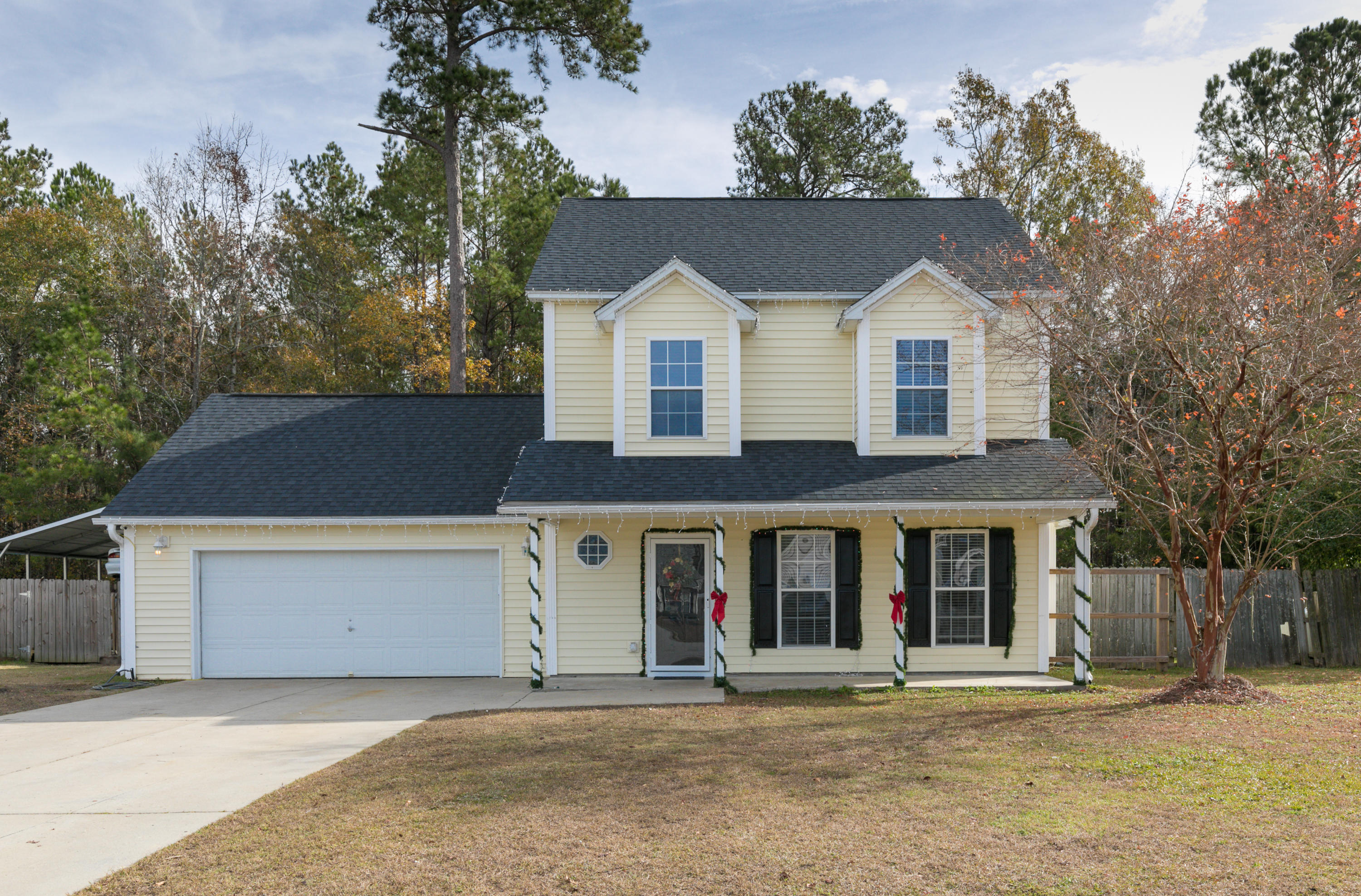 114 Journeys End Lane Moncks Corner, SC 29461
