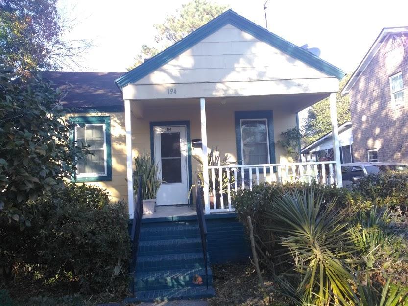 194 W Poplar Street Charleston, SC 29403