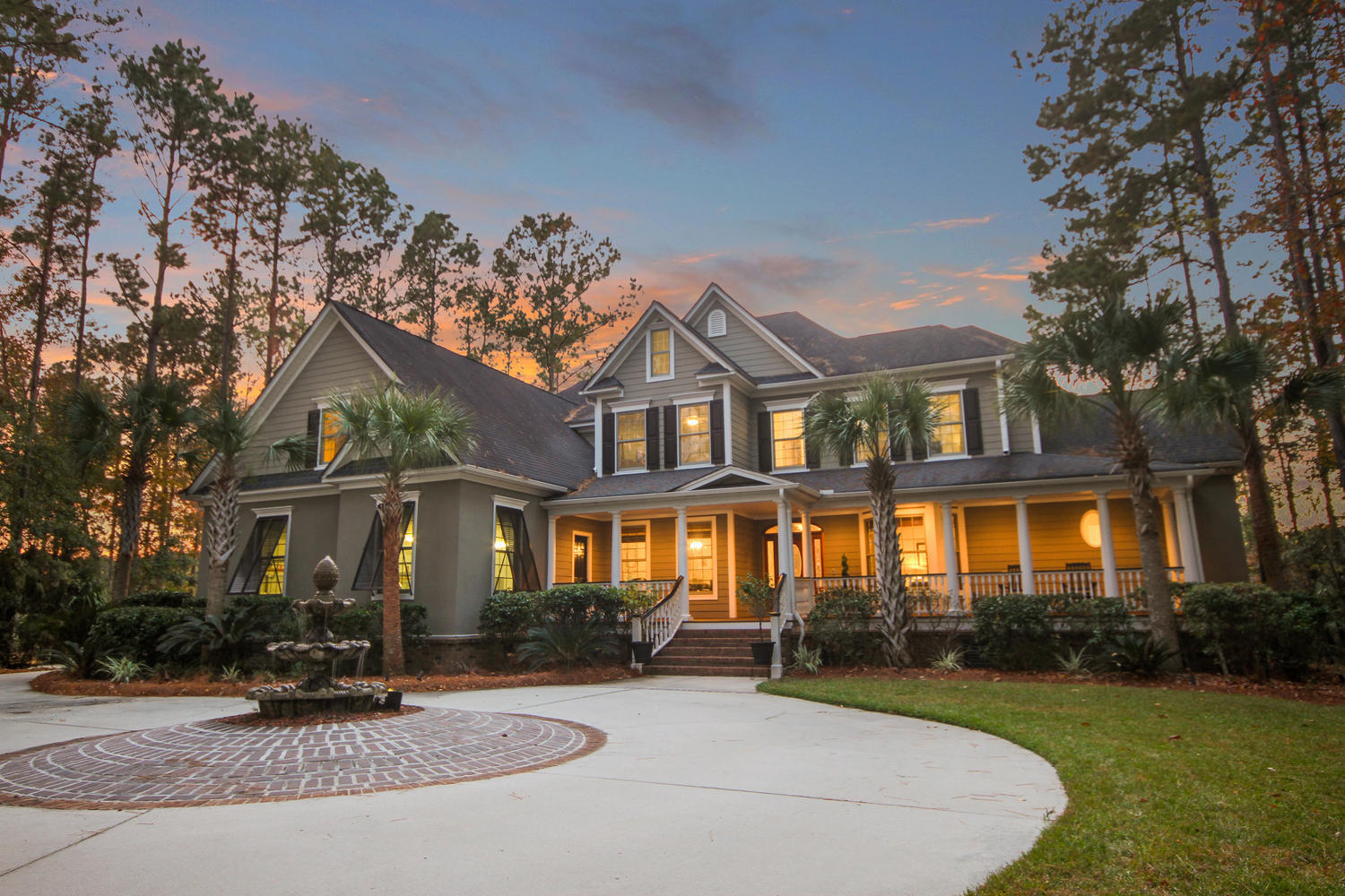 2996 Pignatelli Crescent Mount Pleasant, SC 29466