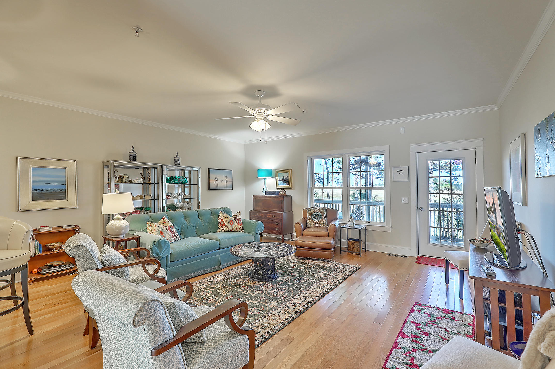 Etiwan Pointe Homes For Sale - 124 Winding Creek, Mount Pleasant, SC - 29