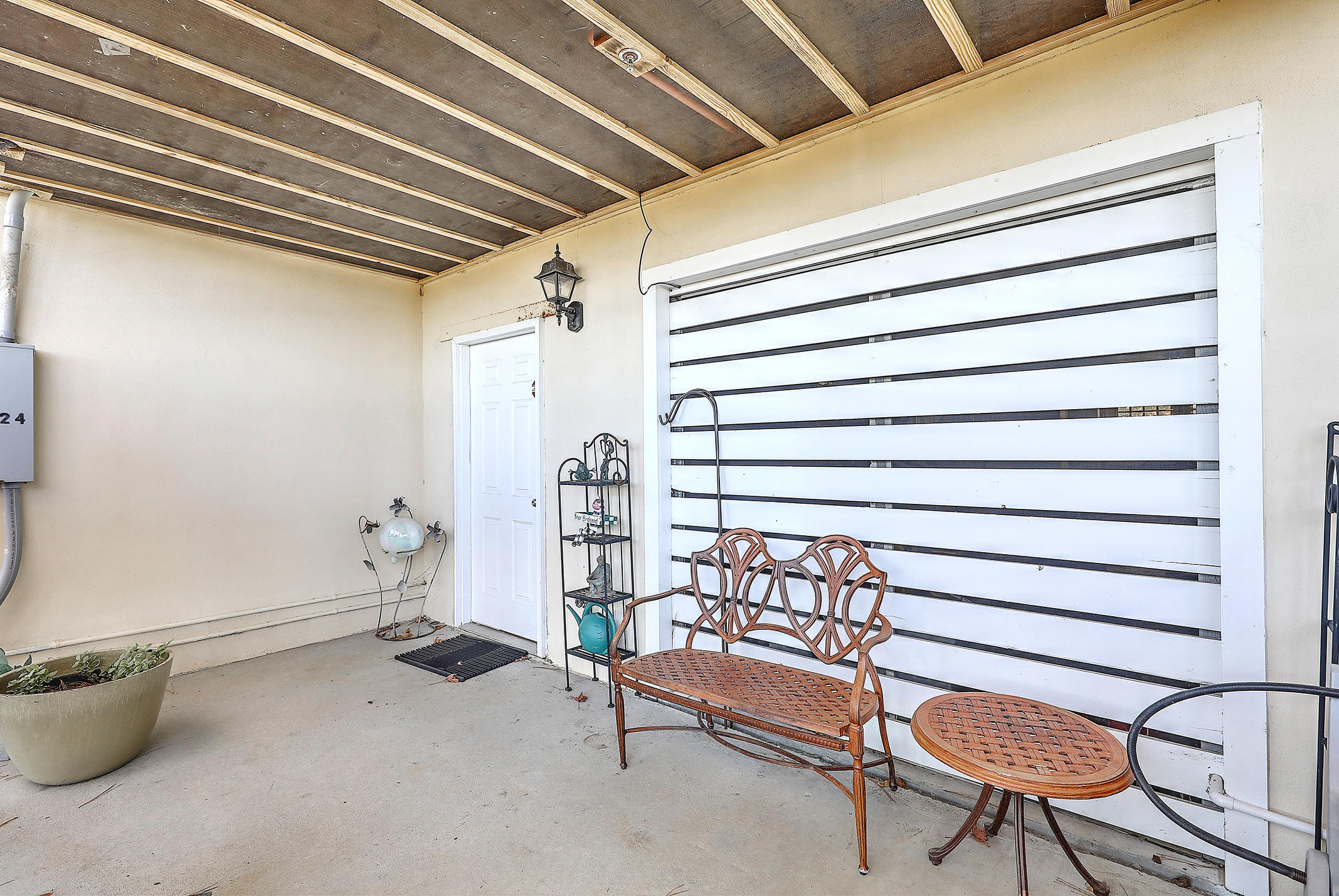 Etiwan Pointe Homes For Sale - 124 Winding Creek, Mount Pleasant, SC - 4