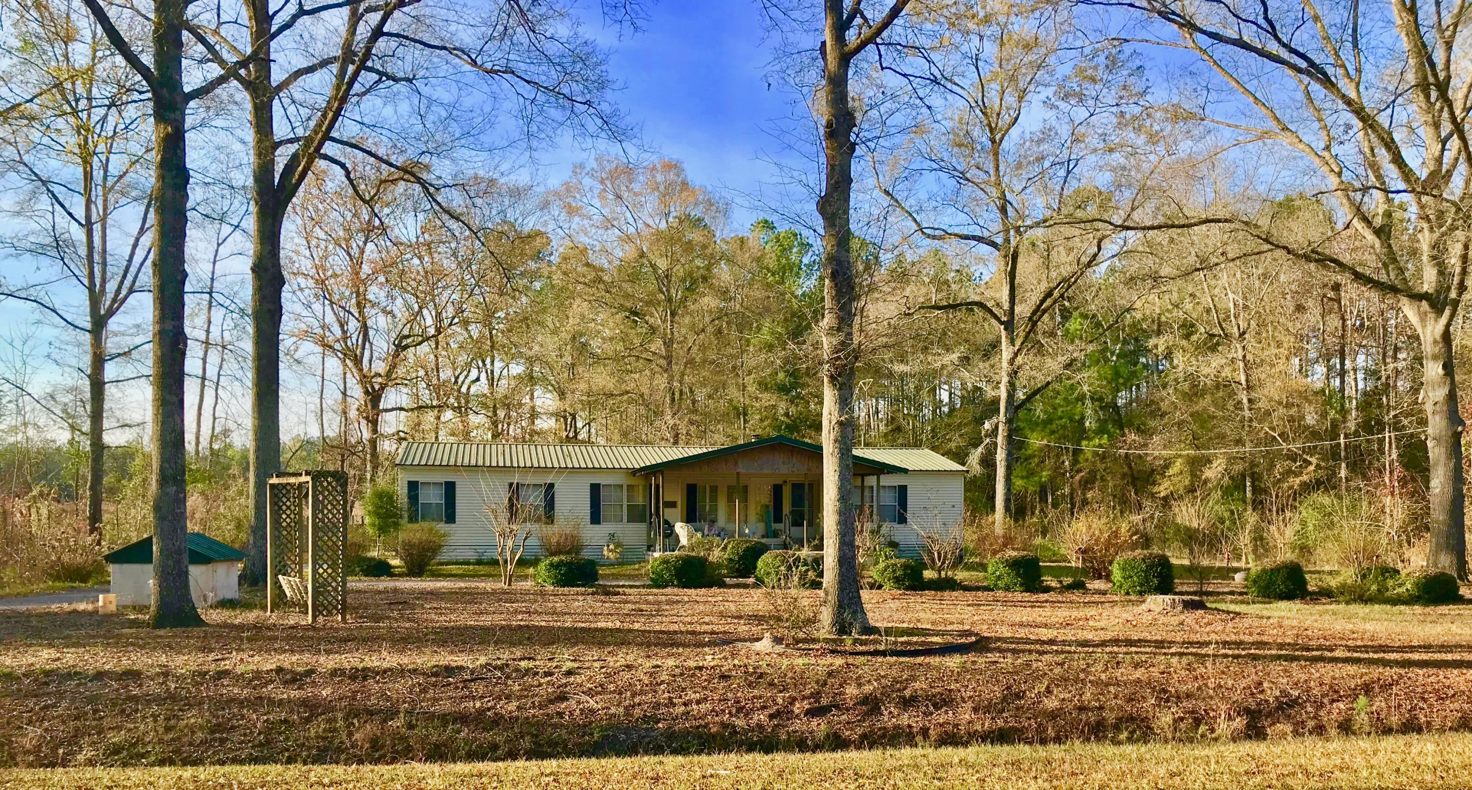 420 White Sands Road Holly Hill, SC 29059