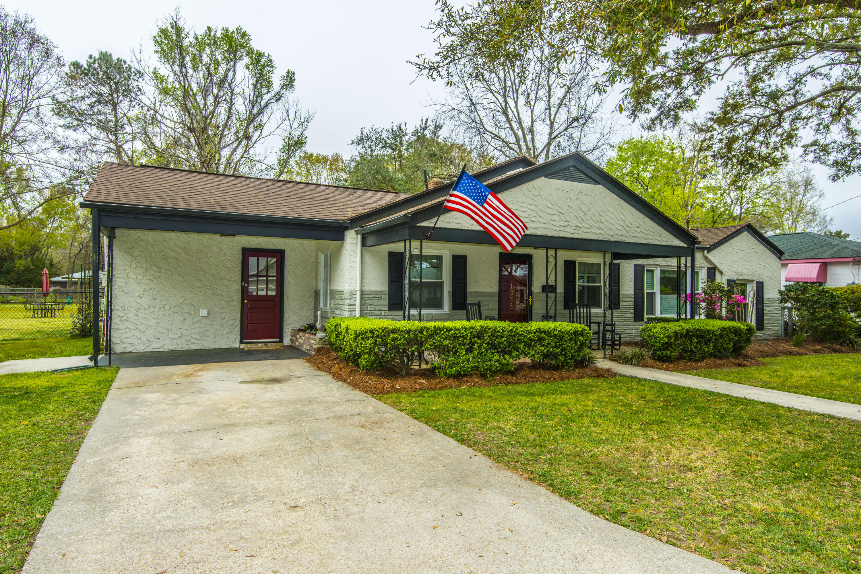 1335 Wallerton Avenue Charleston, SC 29407