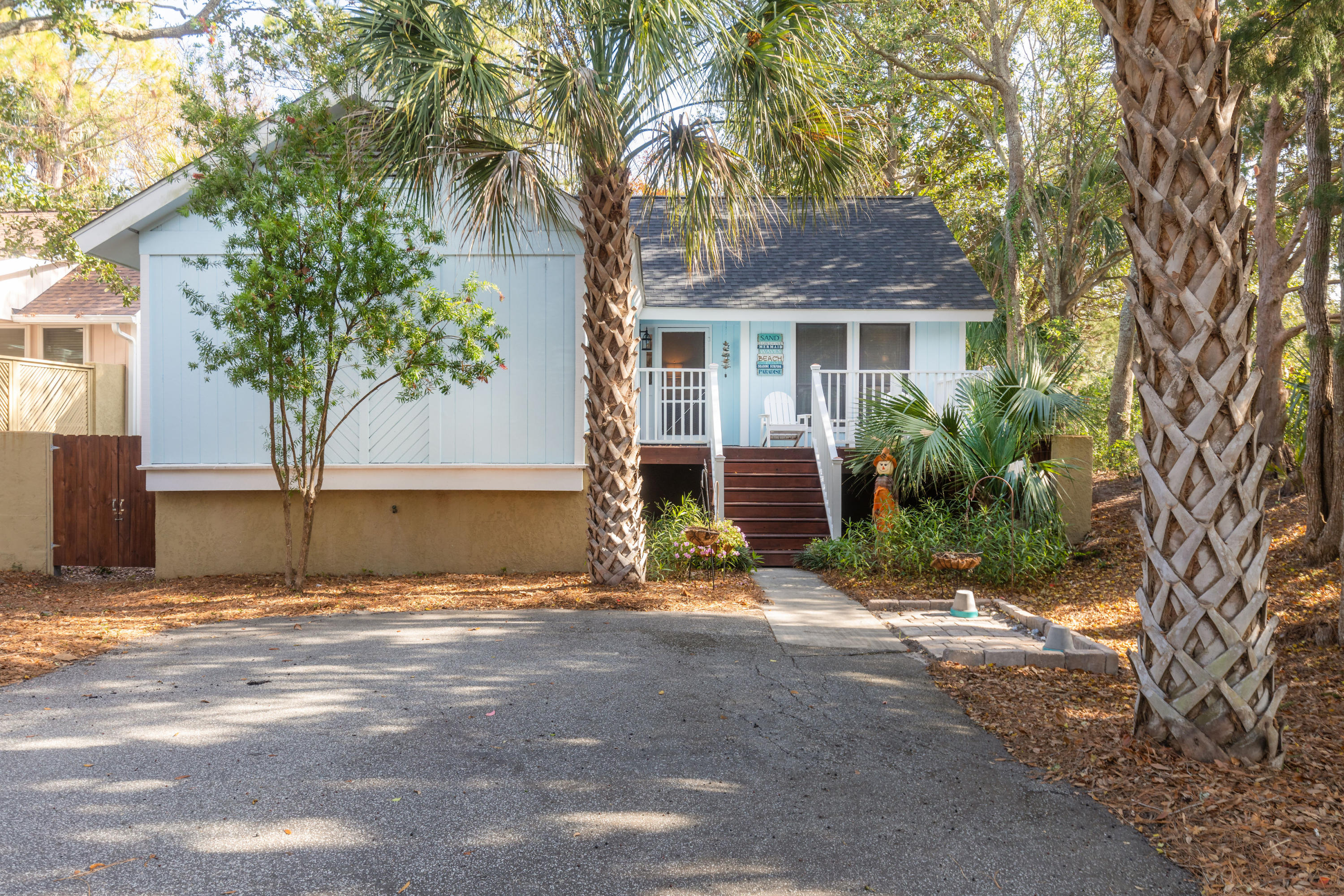1 Lake Village Lane Isle Of Palms, SC 29451