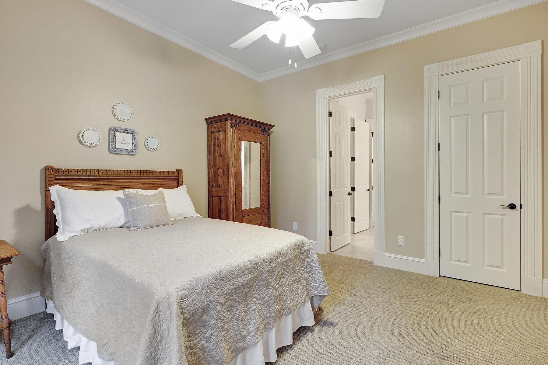 208 Pearlware Court Charleston, SC 29492