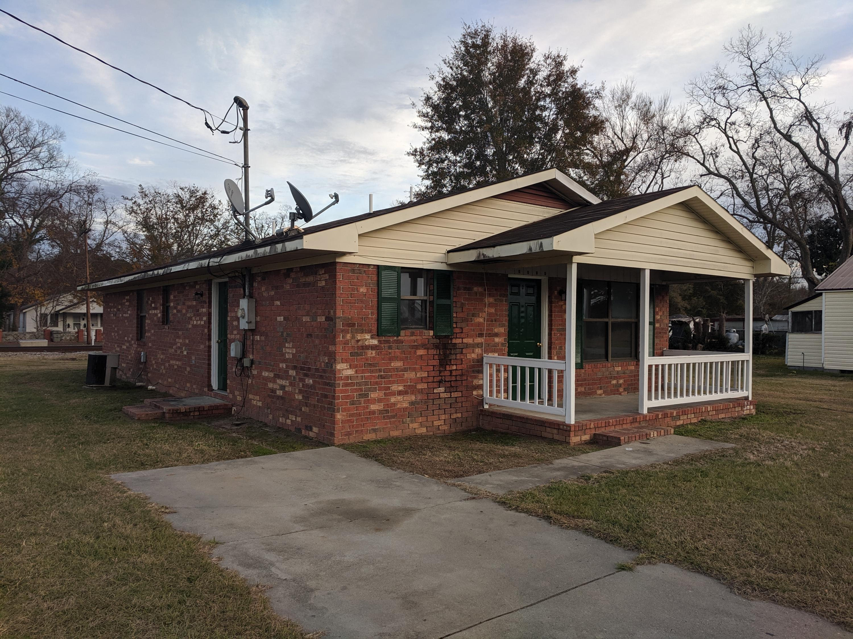 1014 S Sumter Avenue Fairfax, SC 29827