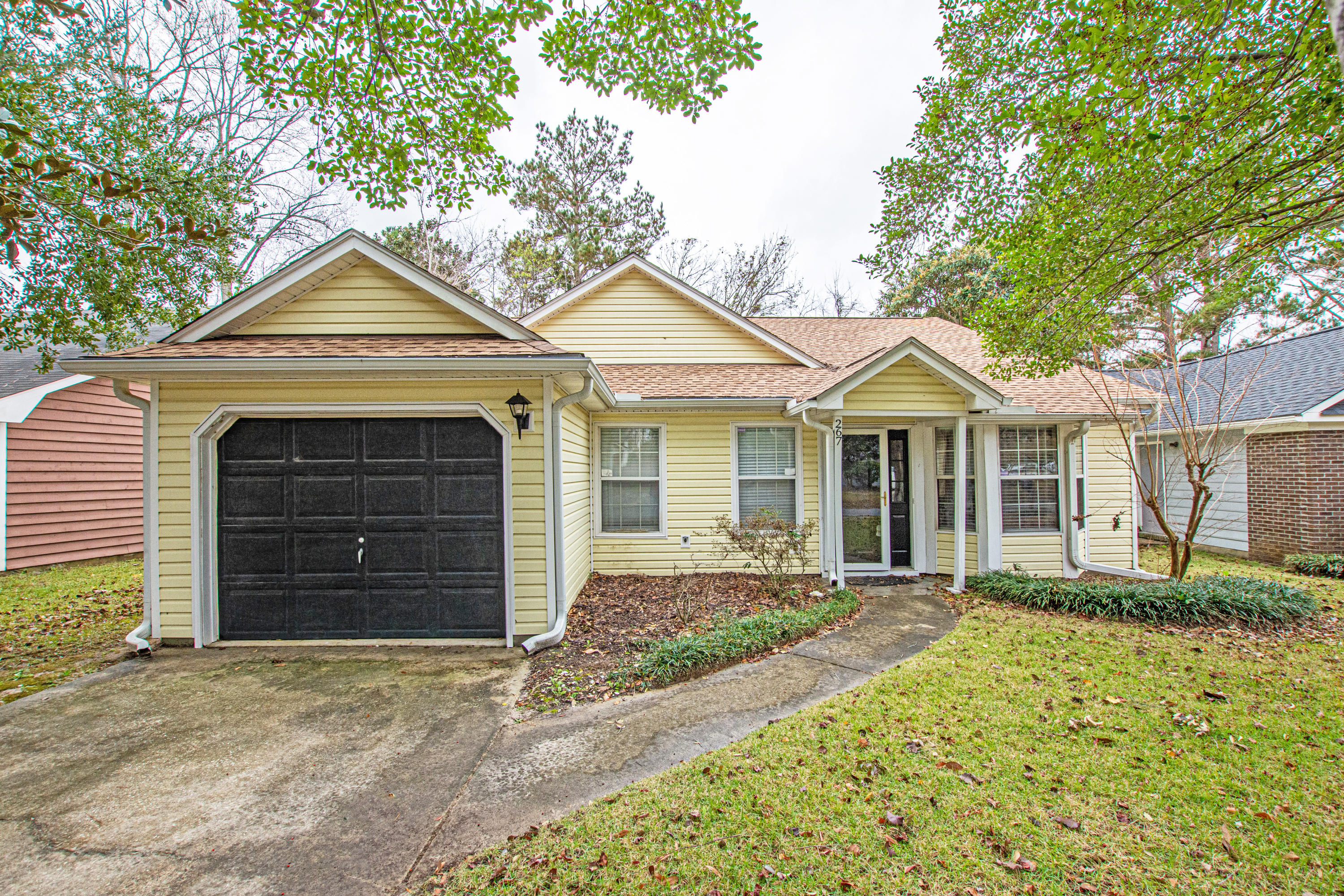 267 Two Hitch Road Goose Creek, SC 29445