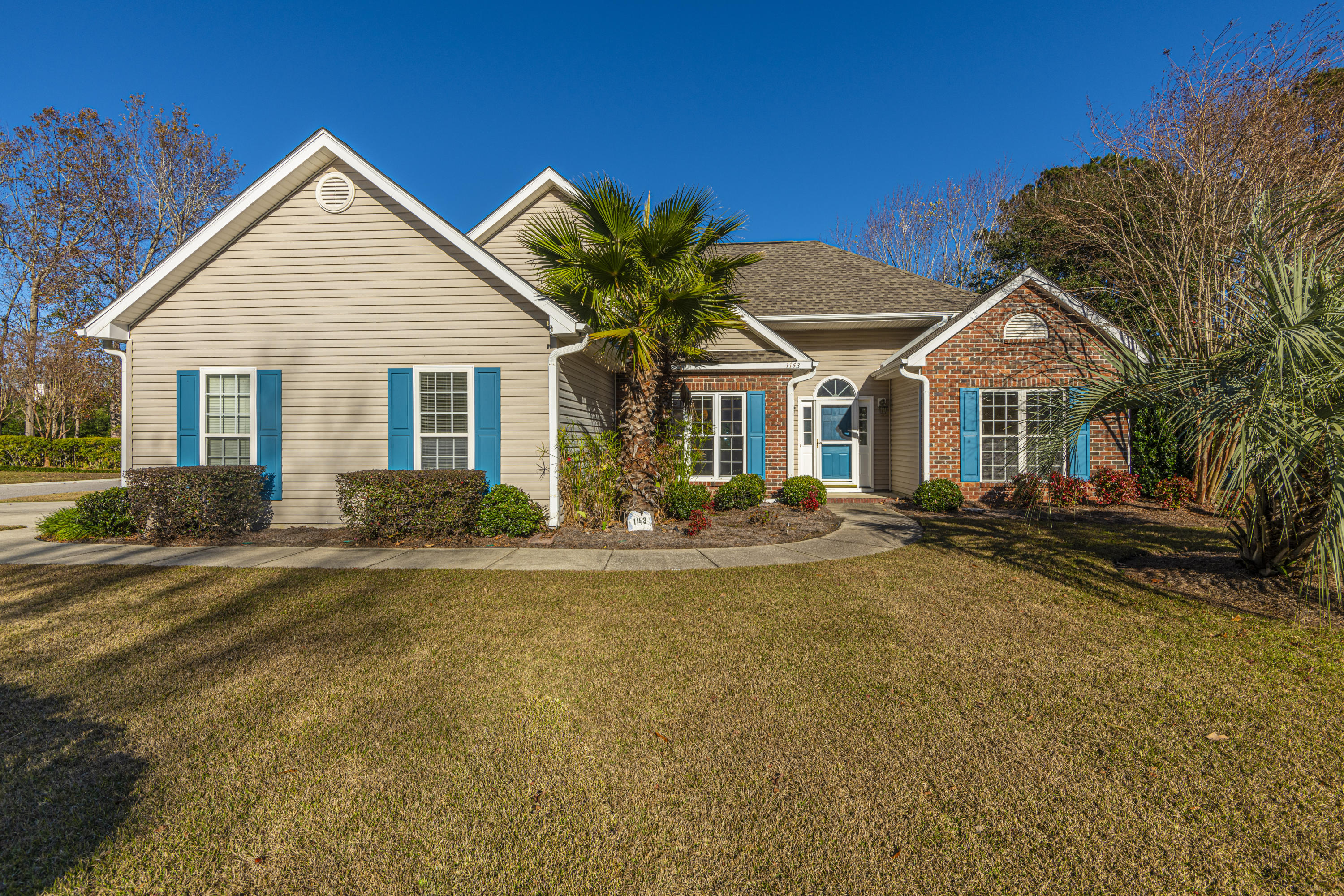 1143 Black Rush Circle Mount Pleasant, Sc 29466