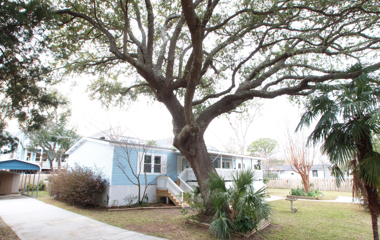 2042 Covey Lane Charleston, SC 29412