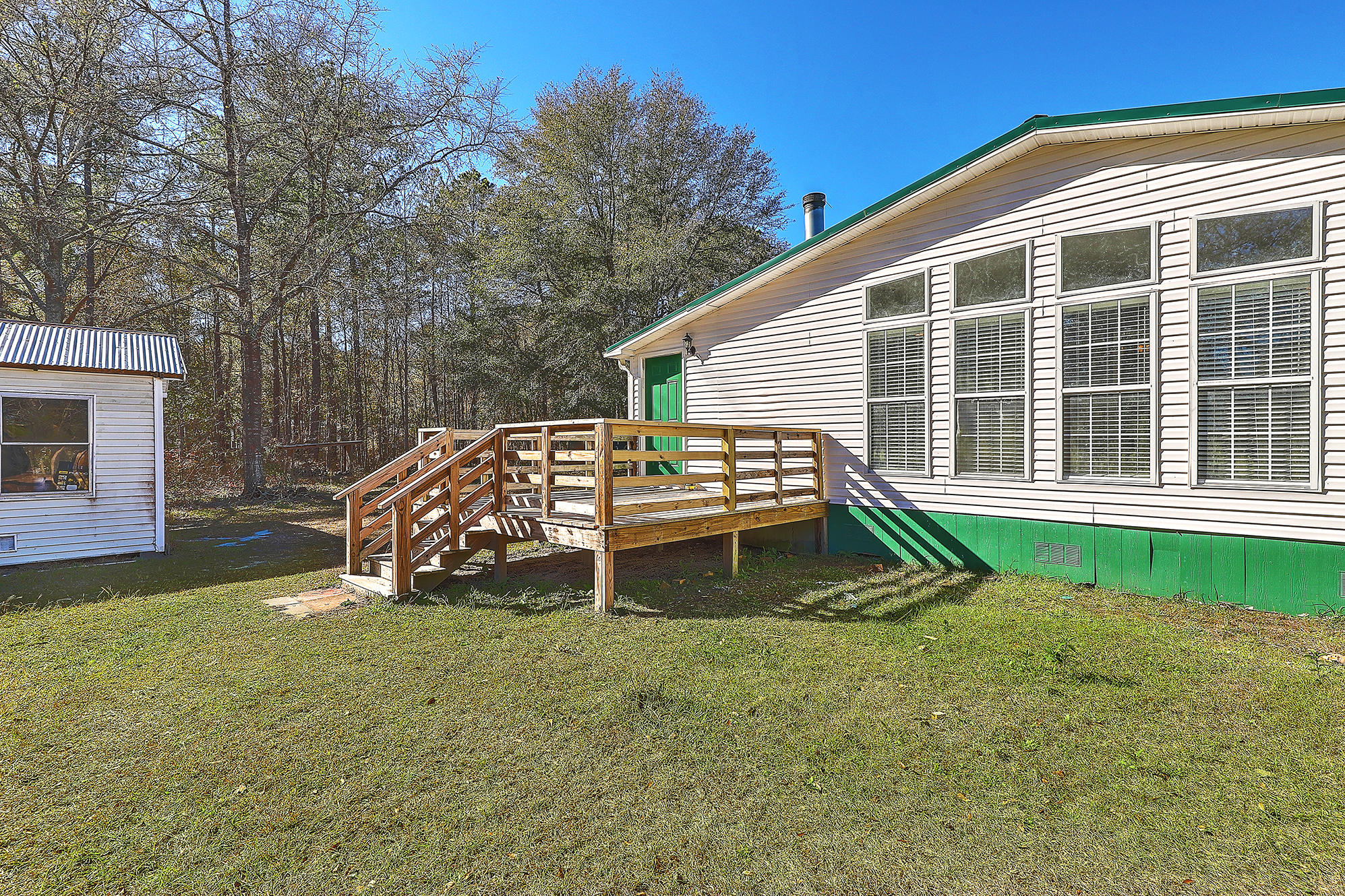 94 Hidden Cove Lane Ridgeville, SC 29472