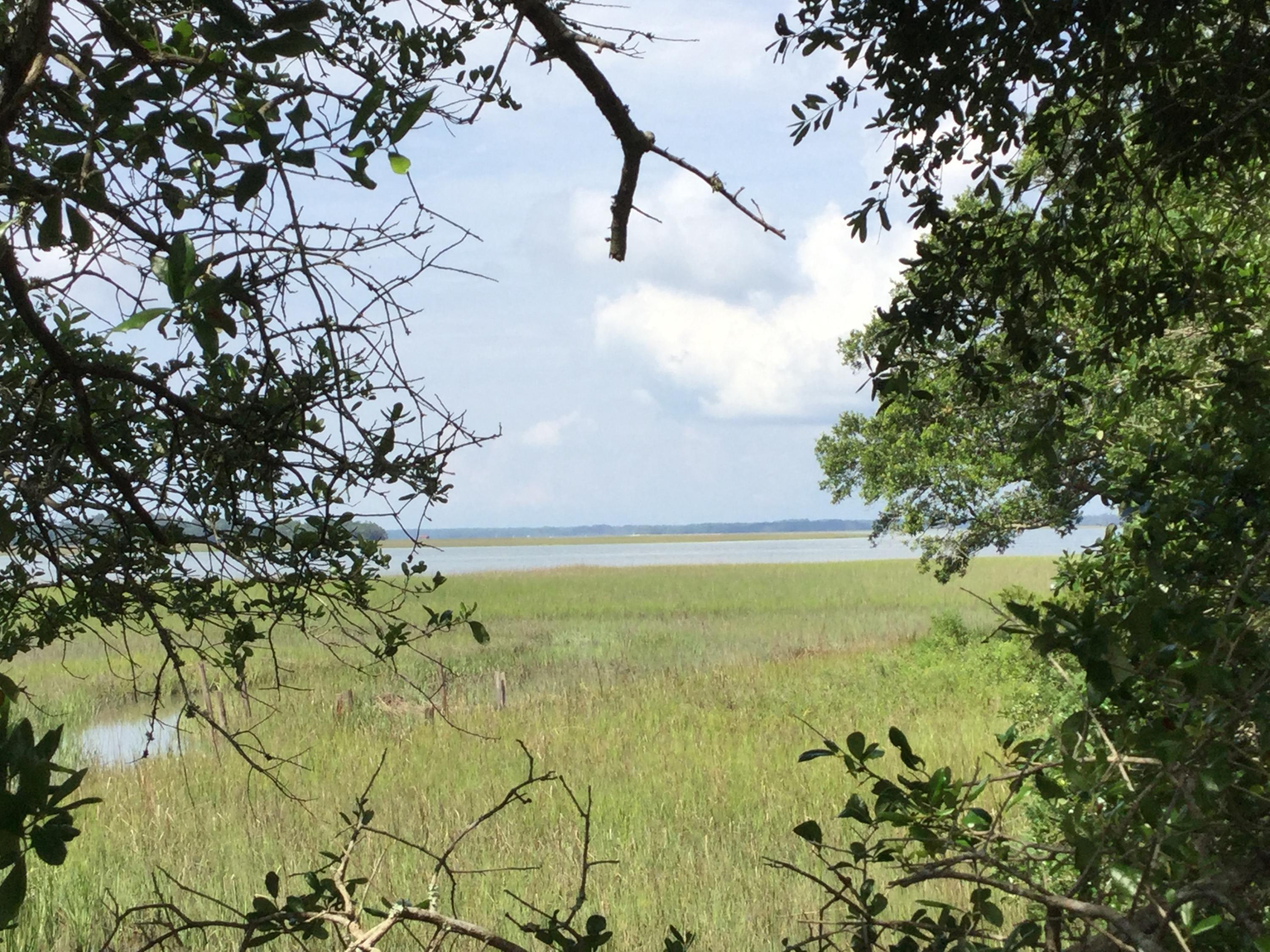 2688 Cherry Point Road Wadmalaw Island, SC 29487