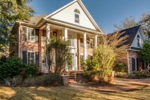 Property for sale at 101 Oak Village Lane, Summerville,  South Carolina 29483