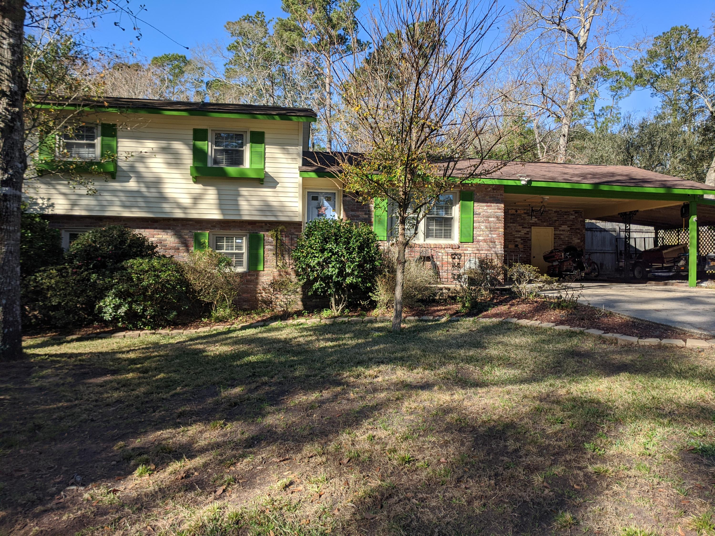 215 Live Oak Road Summerville, SC 29485