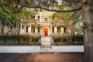 40 Charlotte Street, Charleston, SC 29403