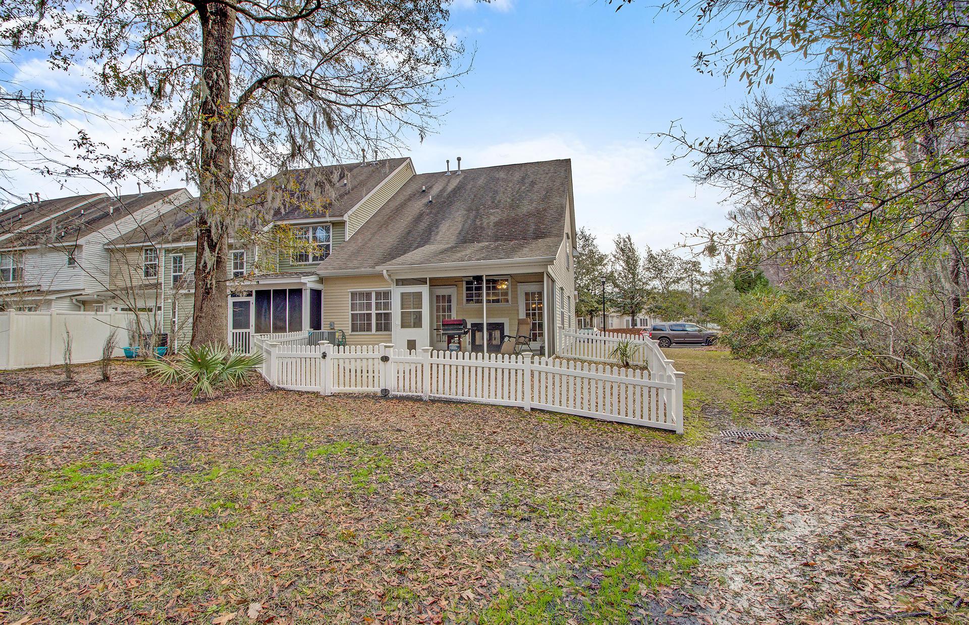 8639 Grassy Oak Trail North Charleston, SC 29420