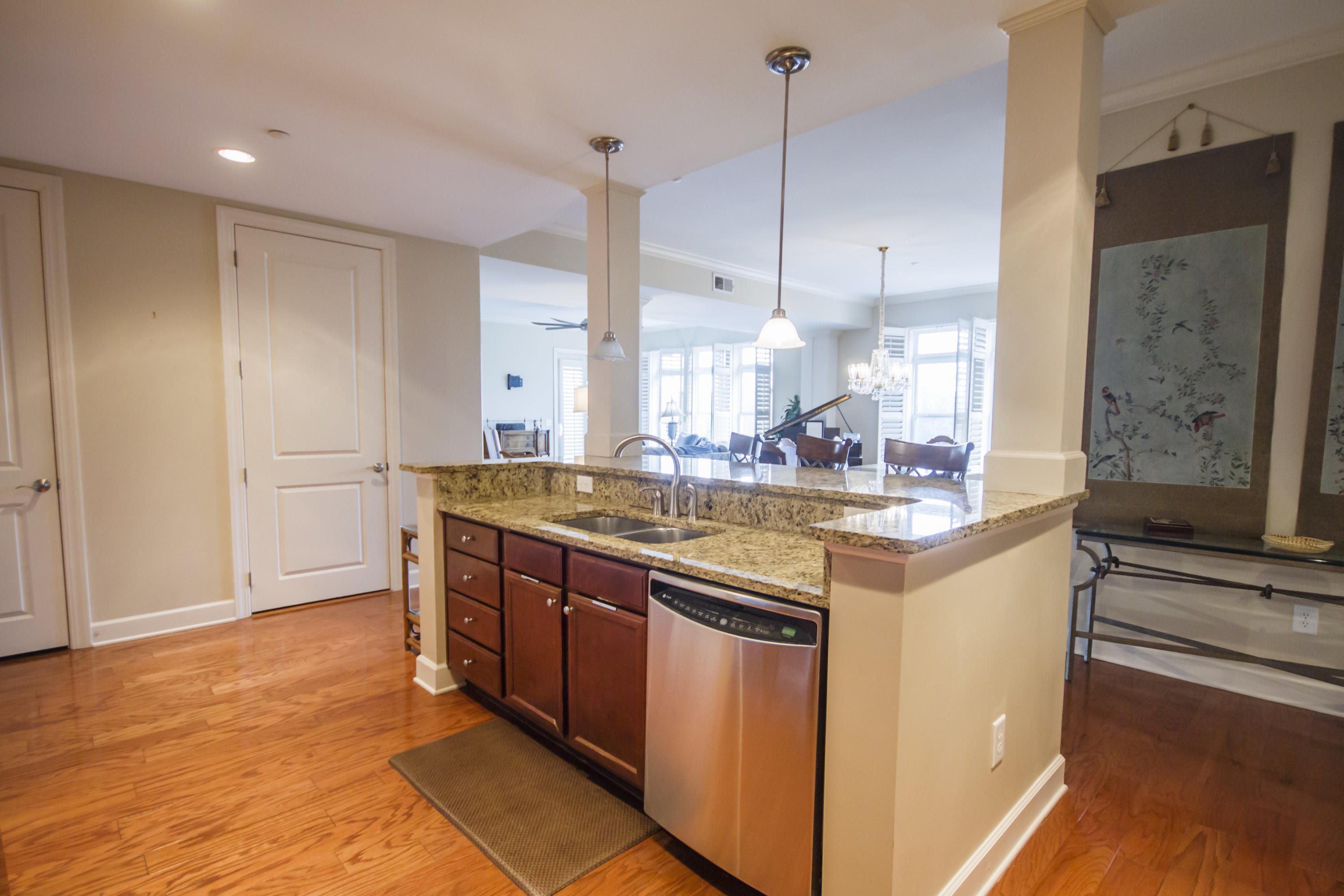 Pier View Homes For Sale - 125 Pier View, Charleston, SC - 14