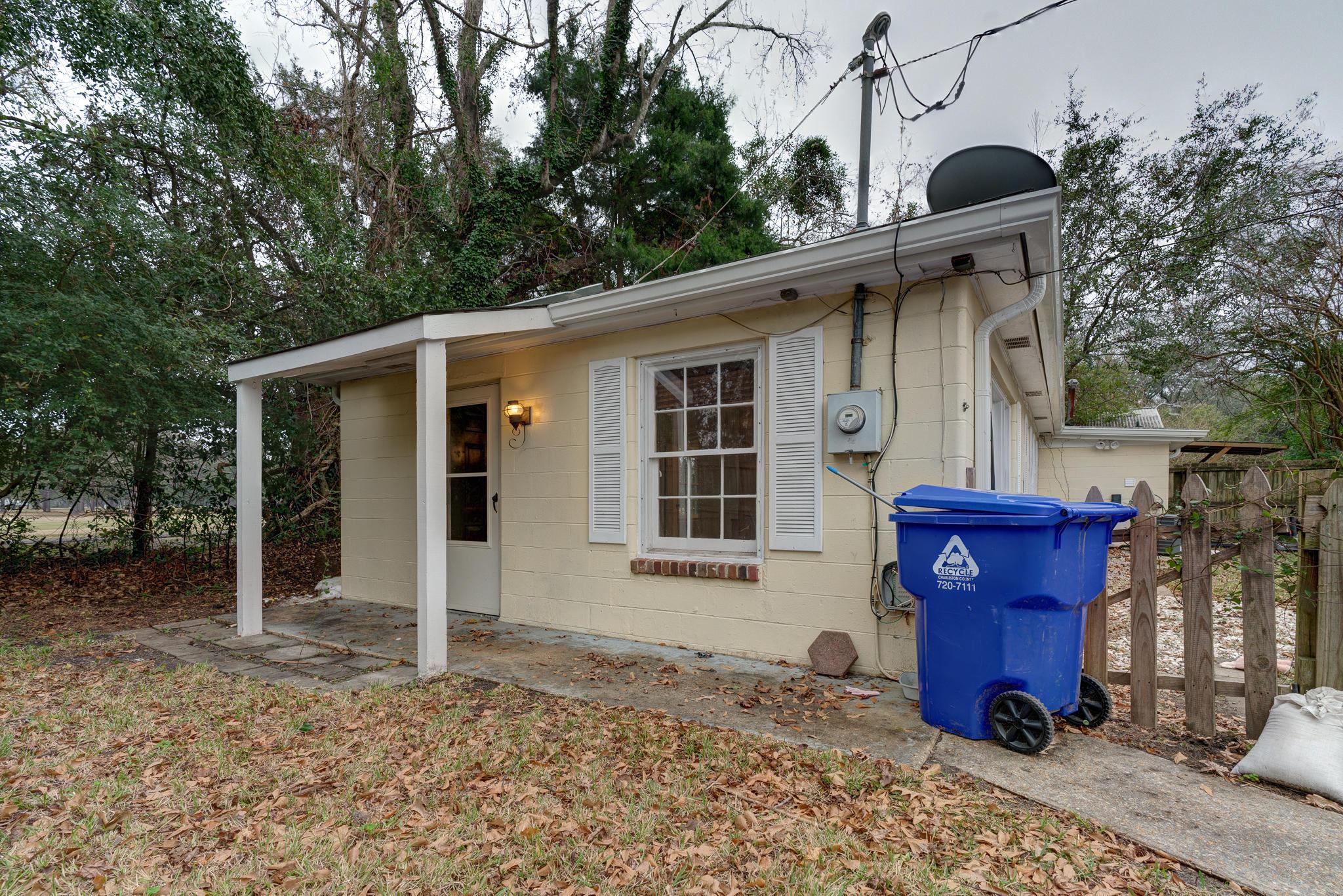 432 Limbaker Street Charleston, SC 29412