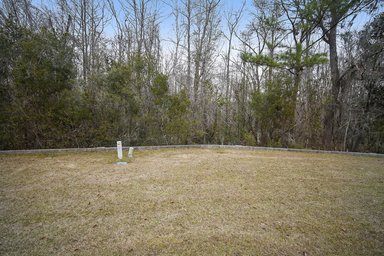 2456 Deer Ridge Lane North Charleston, SC 29406