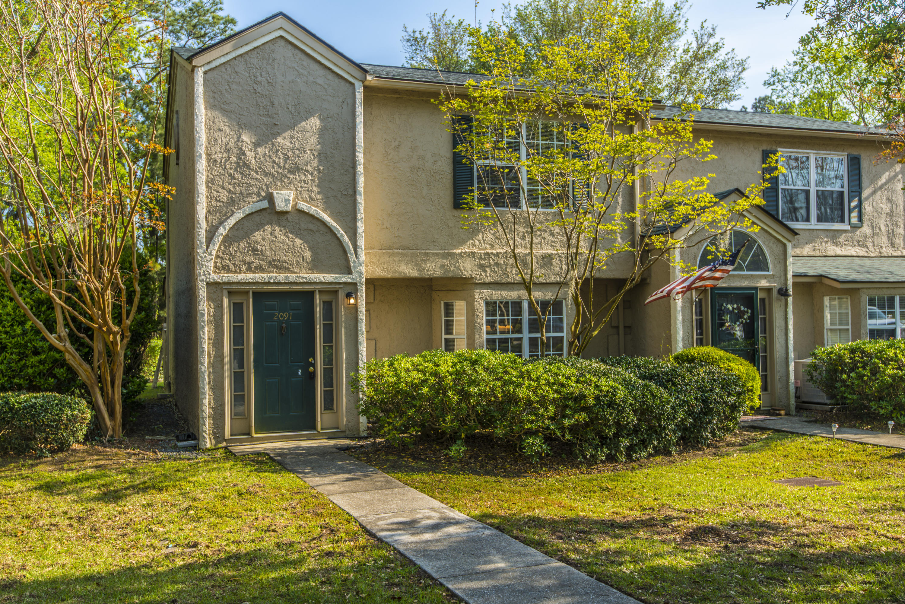 2091 Emerald Terrace Mount Pleasant, SC 29464