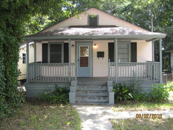 2211 Heriot Street Charleston, SC 29403