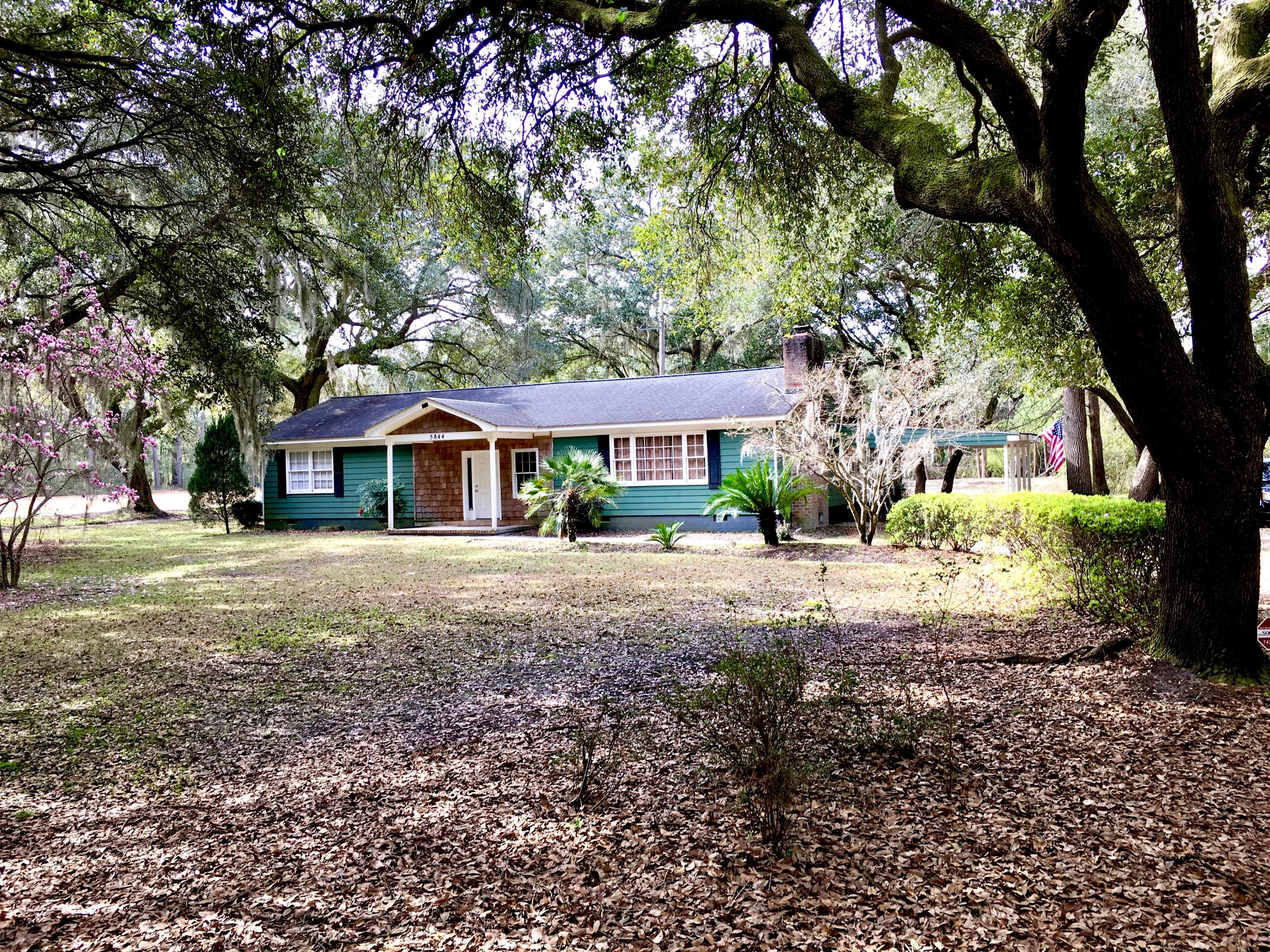 5844 Old Chisolm Road Johns Island, SC 29455