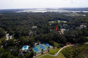 Close to pool, tennis and pickle ball and other amenities!
