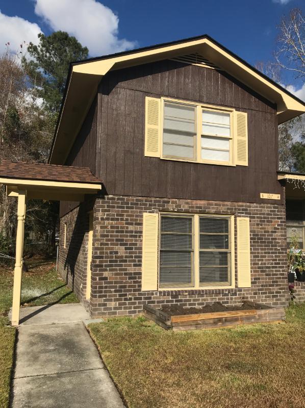 107 B Roberta Drive Summerville, SC 29485