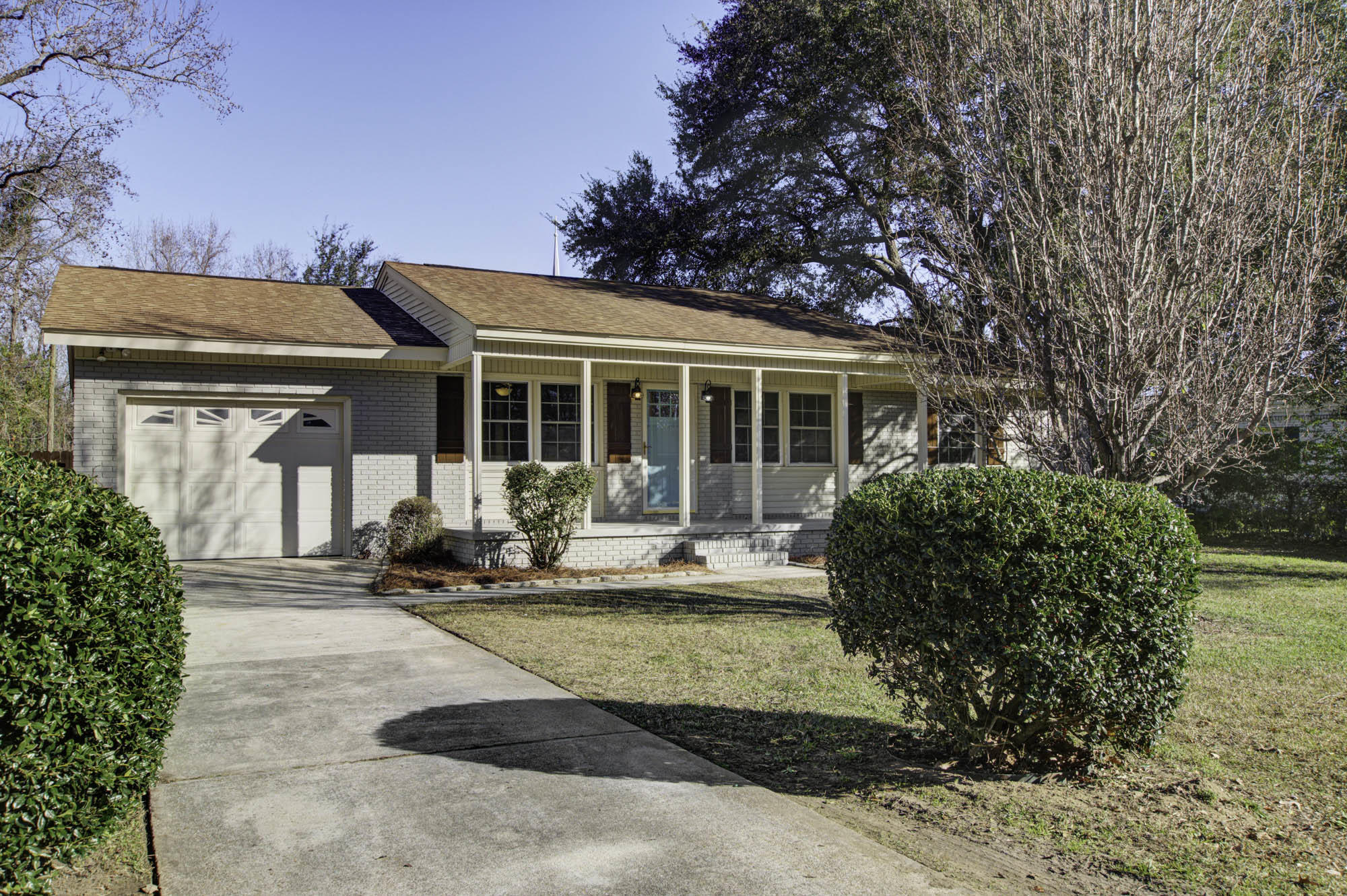 1152 Symmes Drive Charleston, SC 29407