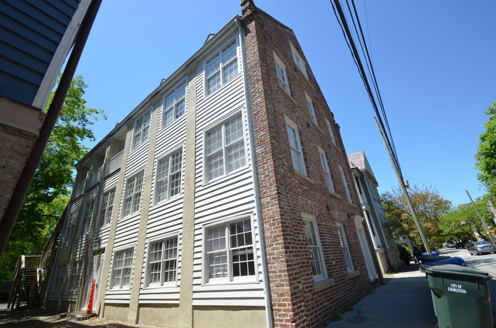 15 A Coming Street Charleston, SC 29401