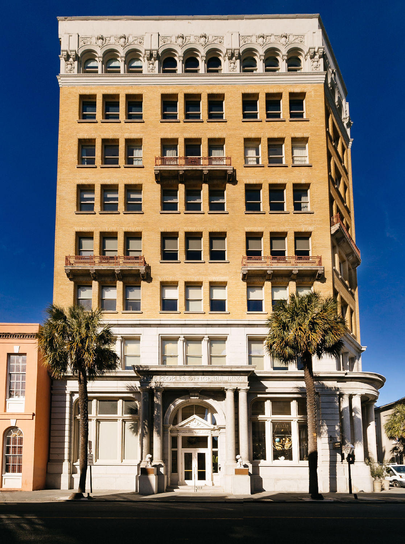 18 #601 Broad Street Charleston, SC 29401