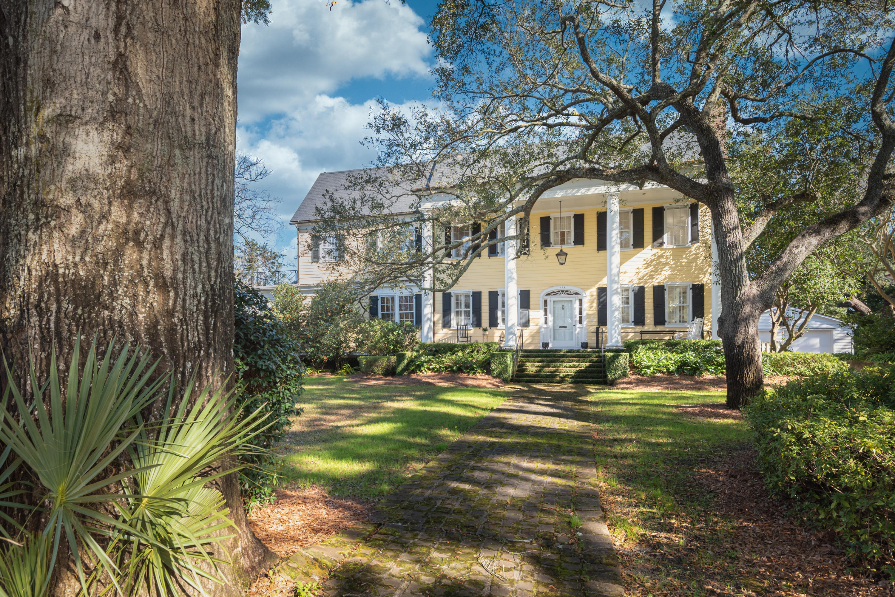 Old Village Homes For Sale - 202 Pitt, Mount Pleasant, SC - 5