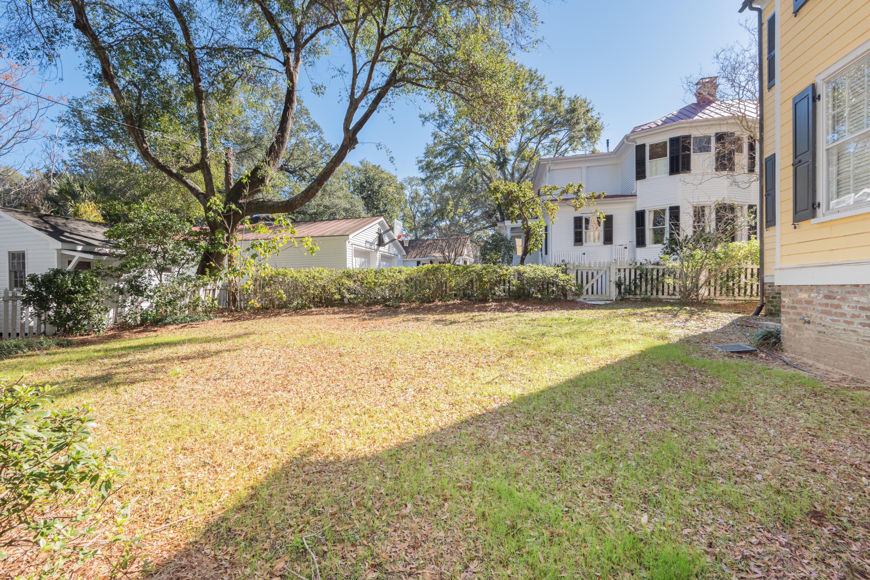Old Village Homes For Sale - 202 Pitt, Mount Pleasant, SC - 11