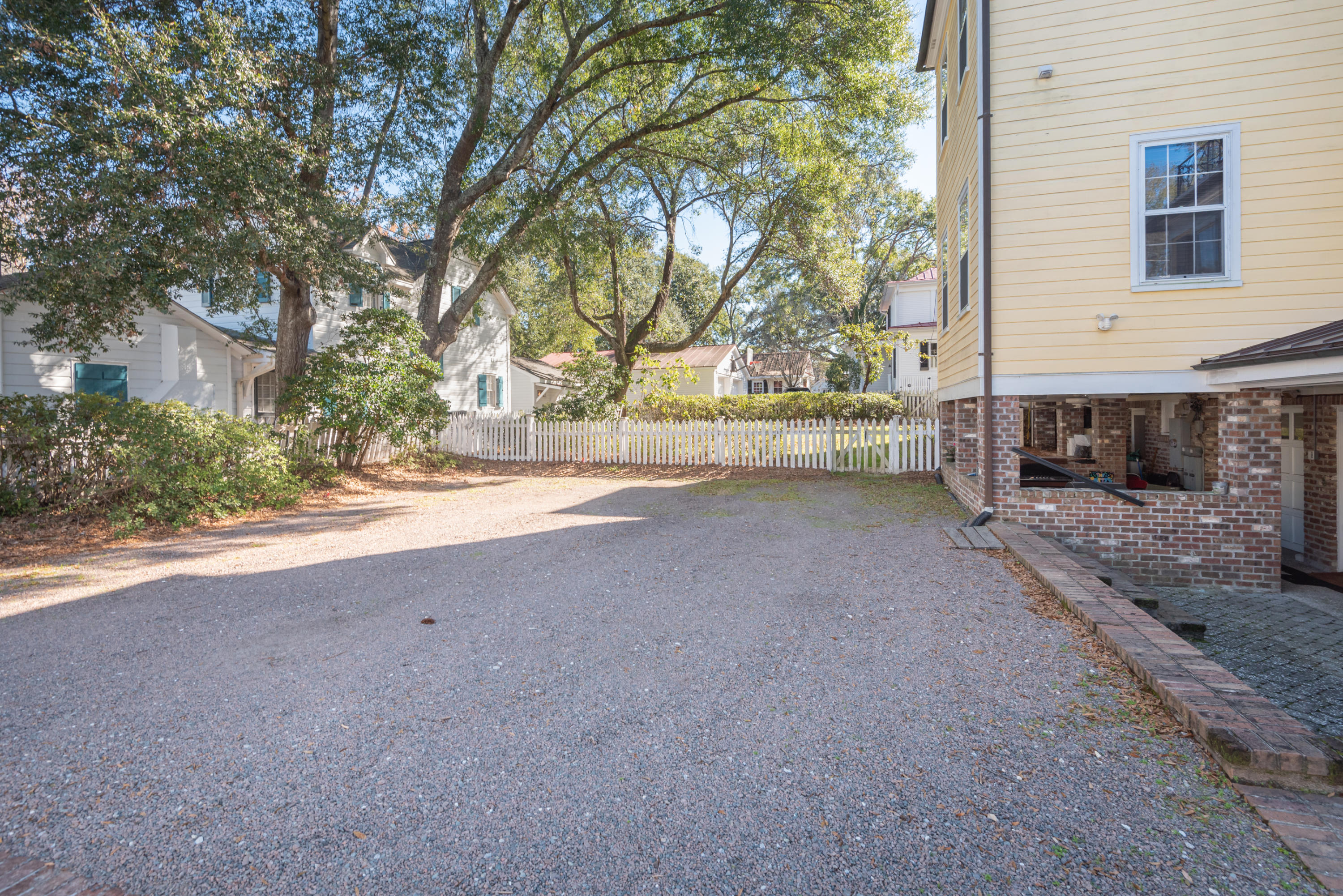 Old Village Homes For Sale - 202 Pitt, Mount Pleasant, SC - 12