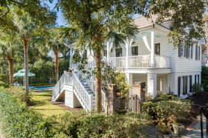 Property for sale at 207 Pitt Street, Mount Pleasant,  South Carolina 29464