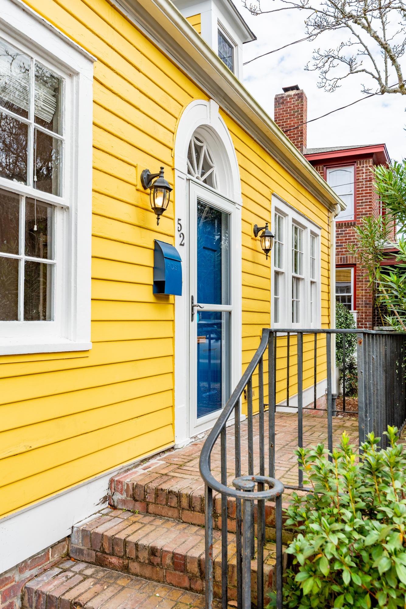 52 Dunnemann Avenue Charleston, SC 29403