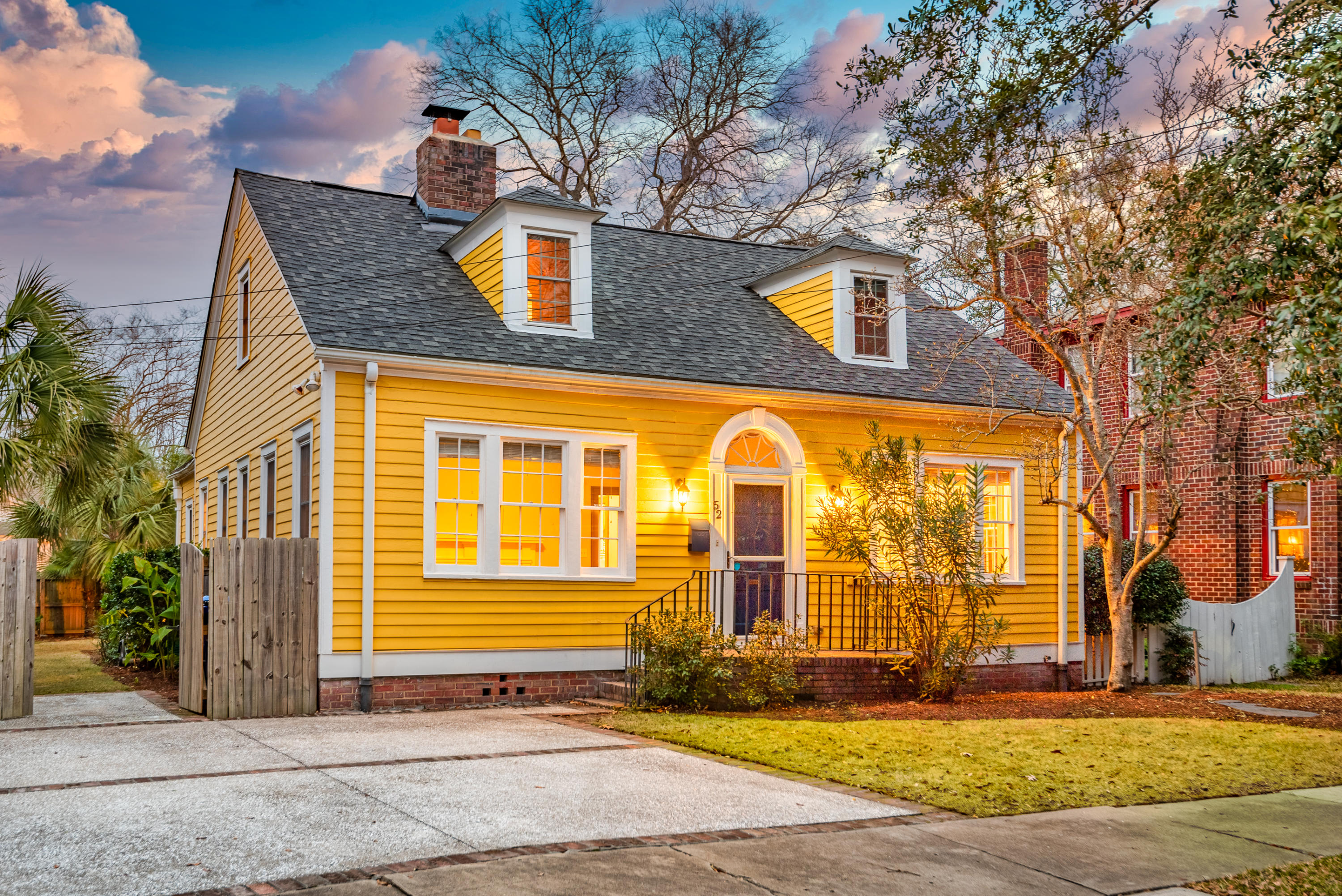 52 Dunnemann Avenue Charleston, SC 29403
