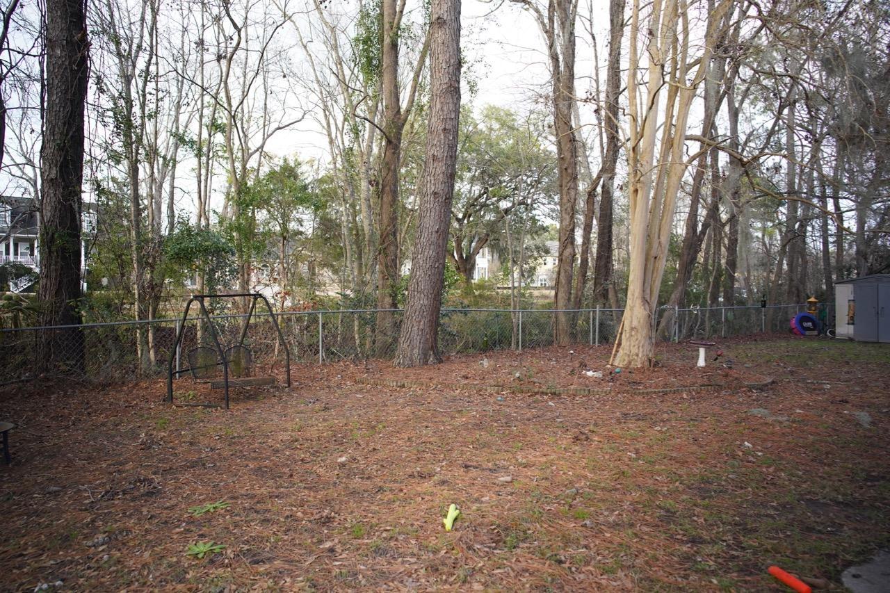 2215 Hunter Creek Drive Charleston, SC 29414