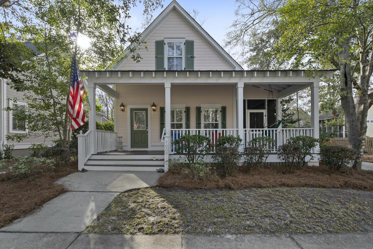 7009 Schooner Street Charleston, SC 29492
