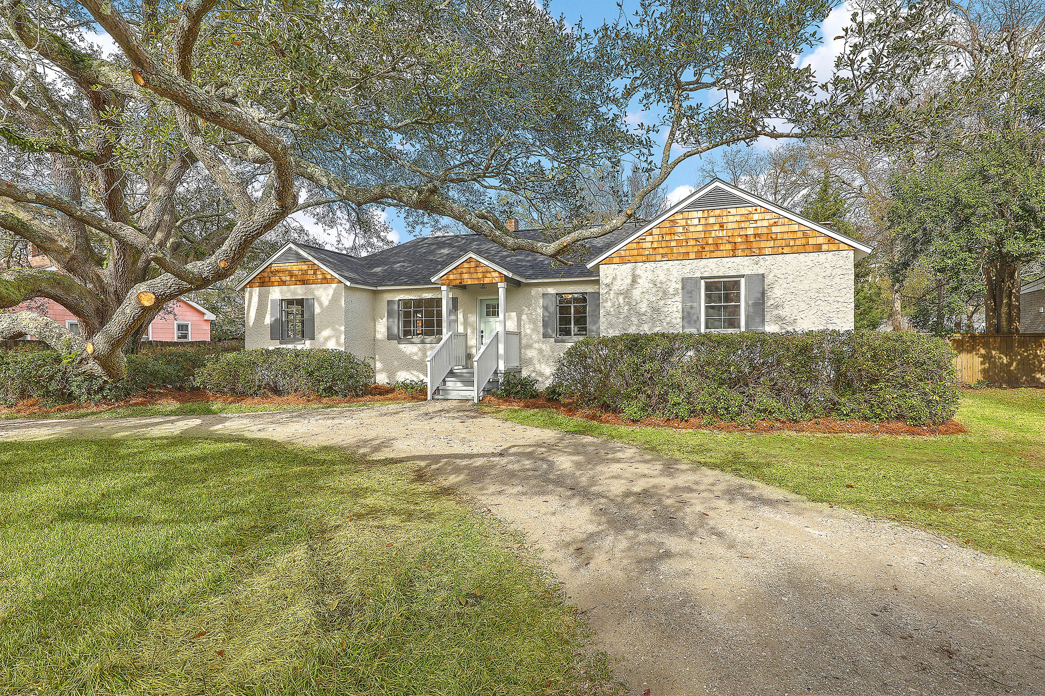 6 Riverdale Drive Charleston, Sc 29407