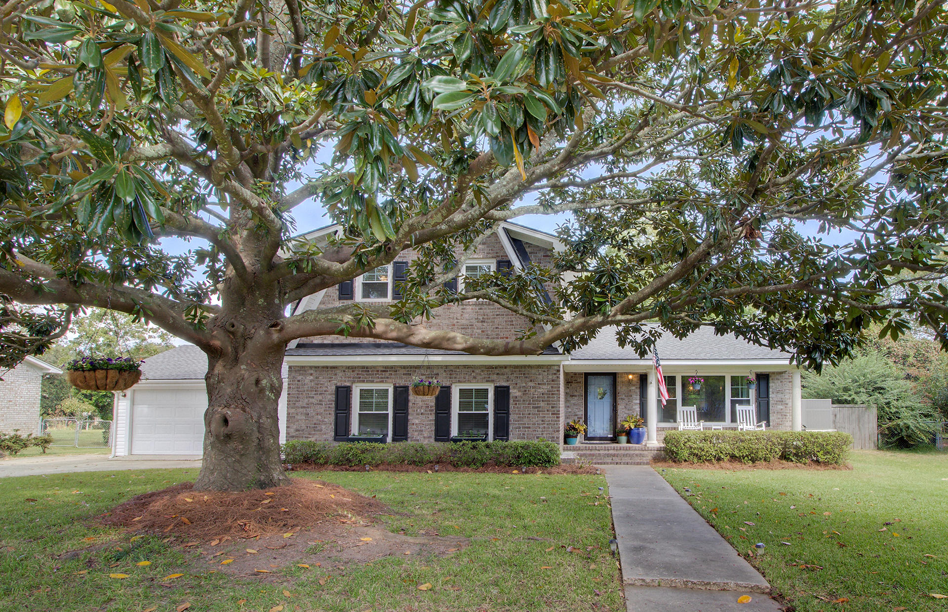824 Waterloo Street Charleston, SC 29412