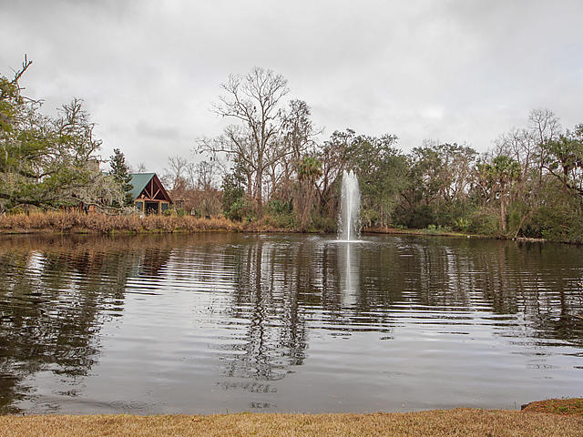 5530 Colonial Chatsworth Circle North Charleston, SC 29418