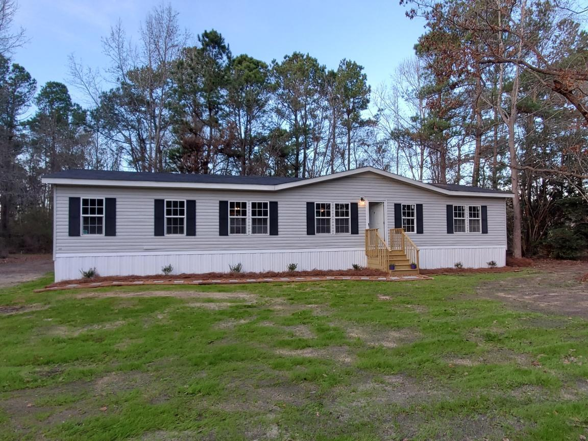 816 Benn Estate Lane Saint Stephen, SC 29479