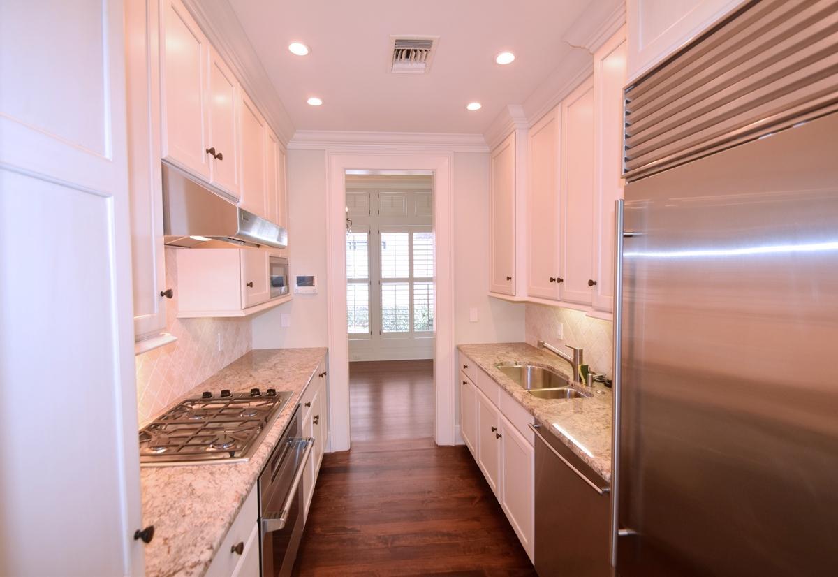One Vendue Range Homes For Sale - 32 Prioleau, Charleston, SC - 7